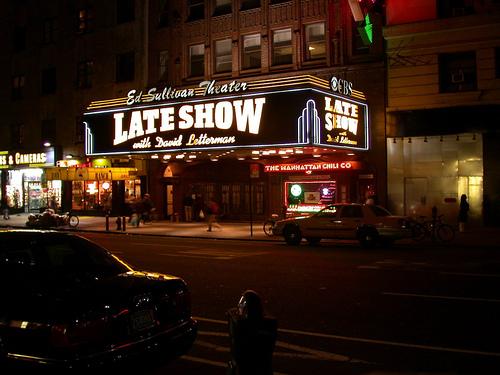 Ed Sullivan Theatre Lights Up At Night!