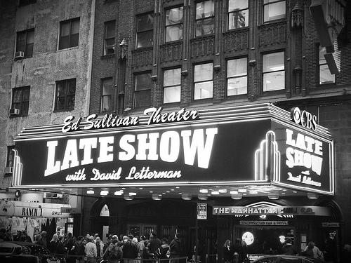 Black And White Photo Of Crowd Waiting To See The Late Show At The Ed Sullivan Theater