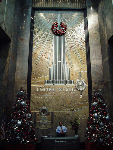 The Welcome Desk At The Empire State Building Decorated For Christmas.