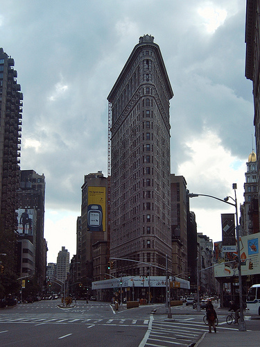 Street View Of Manhattan's Flatiron Building, Showing Its Relationship To The Streets