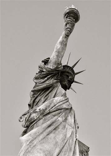 The First Thing Immigrants See When They Enter America: The Statue Of Liberty