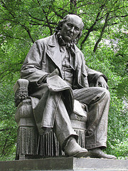 Statue In The Park Located In Lower Manhattan.