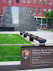 African Burial Ground National Monument Commemorates The Recently Rediscovered Graves Of Early American Slaves