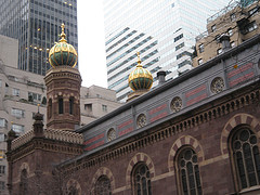 Central Synagogue Looks Elegant With The Gold And Green On The Building.