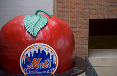 Mets Logo On