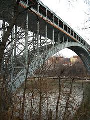 Henry Hudson Bridge Is A Steel Arch Toll Bridge, 75,000 Vehicles Per Day Use The Bridge.