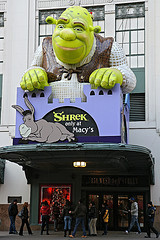 Macy's Now Got Shrek On A Big Add In Above The Entrance