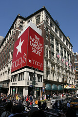 Shop At Macys While The Sun Shines And The Crowds Are Low