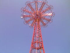 Human Beings Can Feel The Wings In Parachute Jump From This Huge Tower