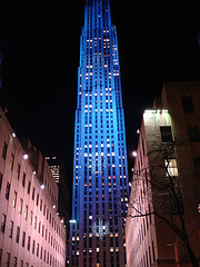 Nighttime View Of The Get Building In New York City's Rockefeller Center