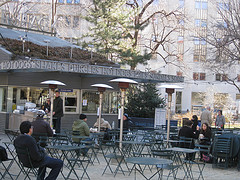 Shake Shack Located In Madison Square Park Is Considered A Mecca By Nyc Foodies