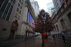 Even Stock Brokers Like Christmas On Wall Street, It Means More Money