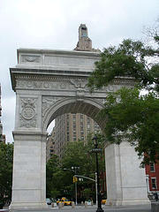 The Washington Park Arch Replaced A Temporary Arch That Was Originally Erected In 1889.