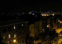 You Can See The Amazing Williamsburg Bridge